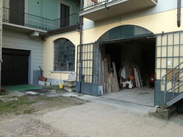 Magazzino in vendita a Varese, 2 locali, prezzo € 150.000 | Cambio Casa.it