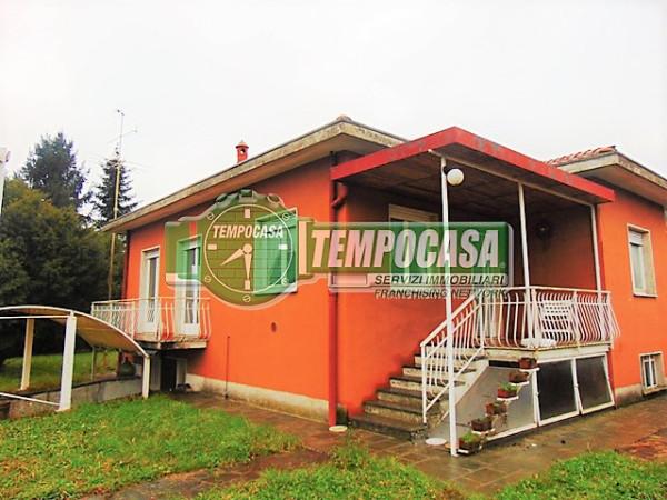 Villa in vendita a Merate, 3 locali, prezzo € 295.000 | Cambio Casa.it