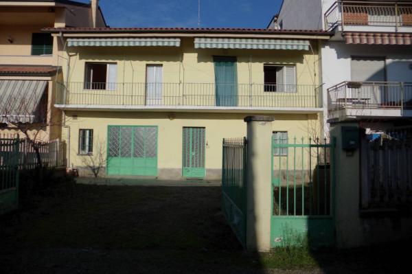 Rustico / Casale in vendita a Bra, 4 locali, prezzo € 115.000 | Cambio Casa.it