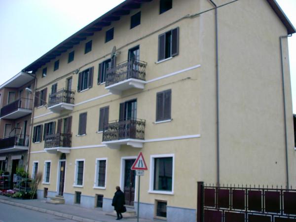 Appartamento in affitto a Brandizzo, 2 locali, prezzo € 300 | Cambio Casa.it