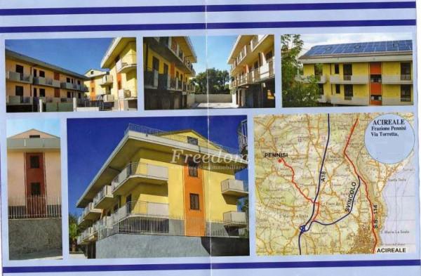 Appartamento in Vendita a Acireale Periferia: 4 locali, 210 mq