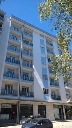 Appartamento in vendita a Ivrea, 5 locali, prezzo € 115.000 | Cambio Casa.it