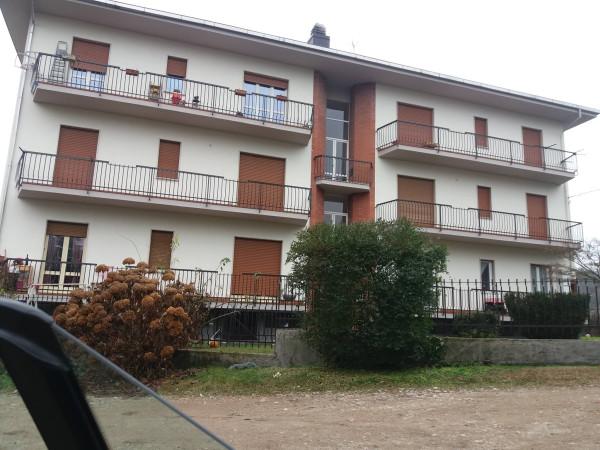 Appartamento in affitto a Arona, 3 locali, prezzo € 500 | CambioCasa.it