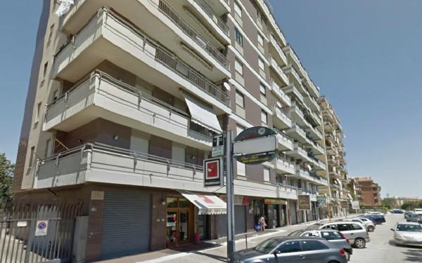 Appartamento in Vendita a Foggia Semicentro: 2 locali, 65 mq