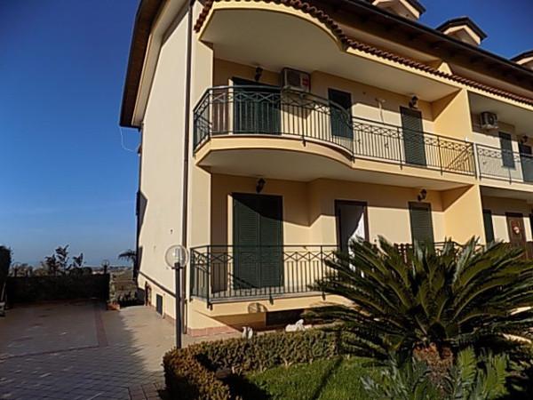 Villa a Schiera in Affitto a Villaricca