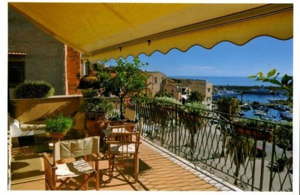 Palazzo / Stabile in vendita a Santa Flavia, 6 locali, prezzo € 320.000 | Cambio Casa.it