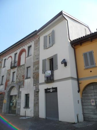 Negozio / Locale in Affitto a Mariano Comense