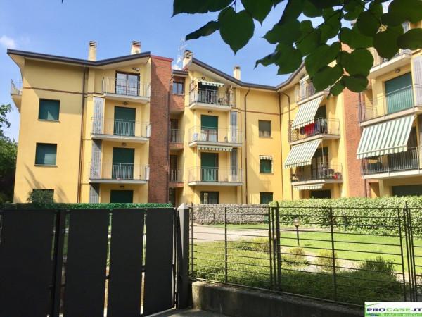 Appartamento in affitto a Caronno Pertusella, 2 locali, prezzo € 500 | Cambio Casa.it