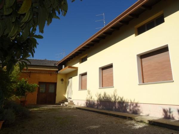 Villa in Vendita a Fontanafredda