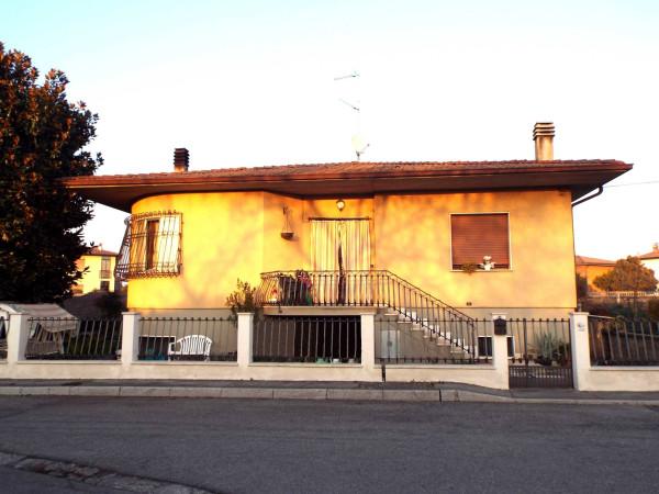 Villa in vendita a Ghedi, 6 locali, prezzo € 255.000 | Cambio Casa.it