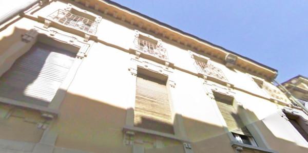 Palazzo / Stabile in Vendita a Viadana