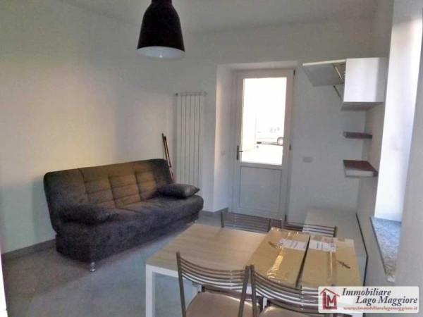 Appartamento in vendita a Ranco, 2 locali, prezzo € 95.000 | Cambio Casa.it