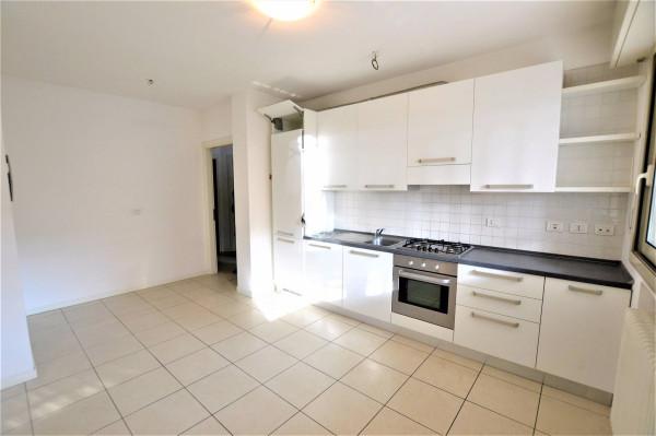 Appartamento in Affitto a Riccione: 4 locali, 75 mq
