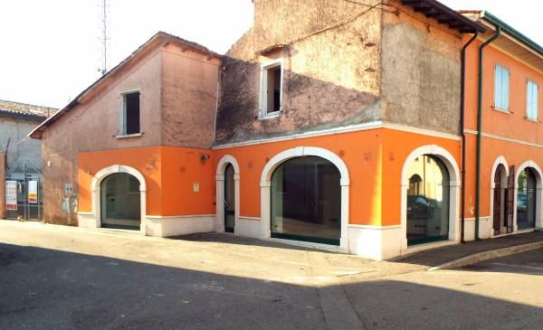 Negozio / Locale in affitto a Ghedi, 1 locali, prezzo € 800 | Cambio Casa.it
