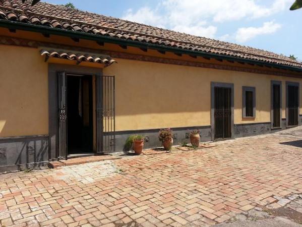 Villa in vendita a Ragalna, 5 locali, prezzo € 449.000 | Cambio Casa.it