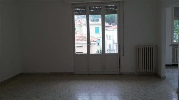 Appartamento in affitto a Pesaro, 4 locali, prezzo € 600 | Cambio Casa.it