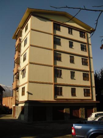 Appartamento in vendita a Banchette, 5 locali, prezzo € 185.000 | Cambio Casa.it