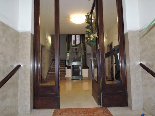 Ufficio / Studio in affitto a Brescia, 6 locali, prezzo € 650 | CambioCasa.it