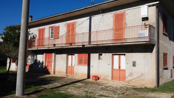 Rustico / Casale in vendita a Mignano Monte Lungo, 6 locali, prezzo € 270.000 | Cambio Casa.it