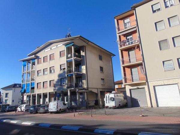 Appartamento in vendita a Oggiono, 4 locali, prezzo € 125.000 | Cambio Casa.it