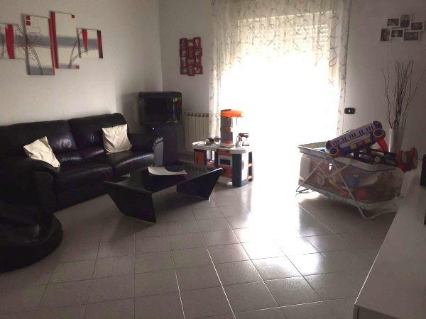 Appartamento in affitto a Sant'Anastasia, 3 locali, prezzo € 475 | Cambio Casa.it