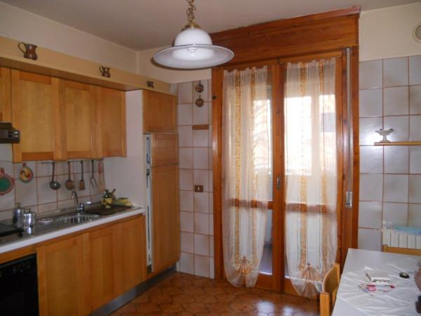 Appartamento in vendita a Guastalla, 4 locali, prezzo € 100.000 | Cambio Casa.it