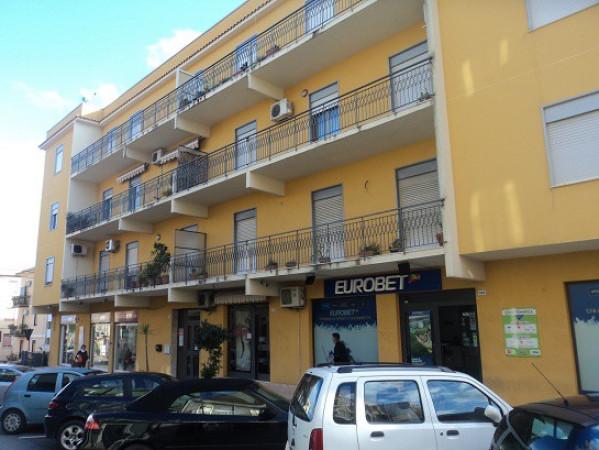Appartamento in vendita a Patti, 2 locali, prezzo € 65.000 | Cambio Casa.it