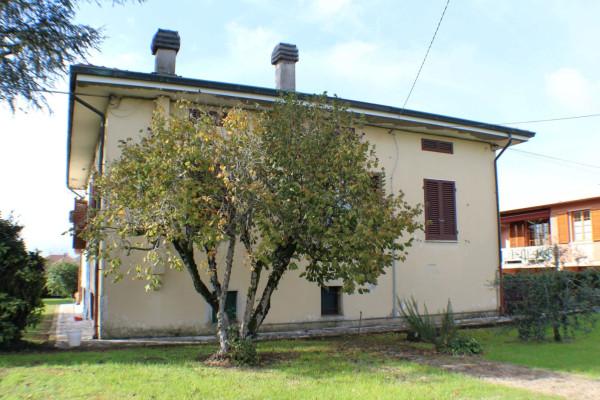 Soluzione Indipendente in vendita a Castelfranco di Sotto, 6 locali, prezzo € 350.000 | Cambio Casa.it