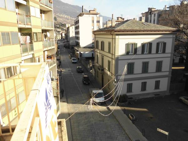 Appartamento in vendita a Sondrio, 6 locali, prezzo € 280.000 | Cambio Casa.it
