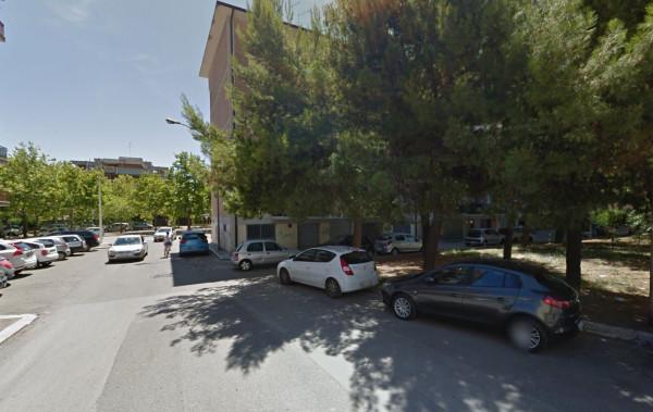 Posto-box auto in Affitto a Foggia Periferia: 17 mq