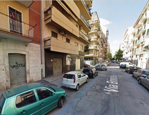 Negozio-locale in Affitto a Foggia Centro: 35 mq