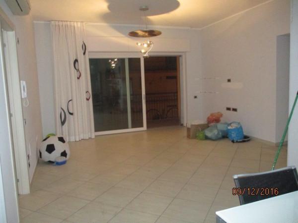 Appartamento in affitto a Mercato San Severino, 4 locali, prezzo € 700 | Cambio Casa.it