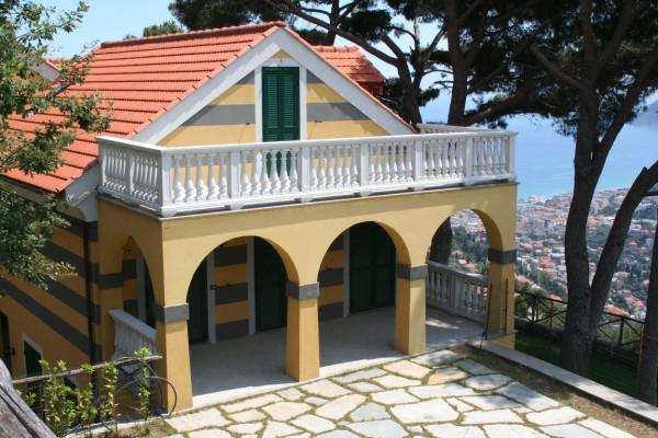Villa in vendita a Alassio, 5 locali, prezzo € 520.000 | Cambio Casa.it
