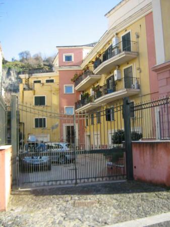 Appartamento in affitto a Pozzuoli, 2 locali, prezzo € 580 | Cambio Casa.it