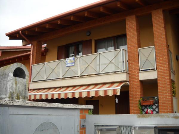 Appartamento in vendita a Peschiera del Garda, 3 locali, prezzo € 139.000 | Cambio Casa.it