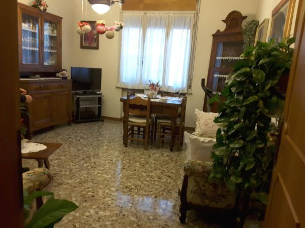 Appartamento in Vendita a Ravenna Semicentro: 5 locali, 101 mq