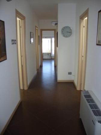 Affittasi ufficio subito disponibile completamente arredato Rif.9185127