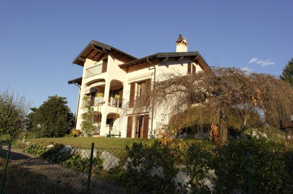 Villa in vendita a Monvalle, 6 locali, prezzo € 488.000 | Cambio Casa.it