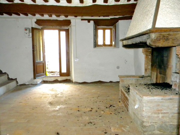Soluzione Indipendente in vendita a Calci, 4 locali, prezzo € 70.000 | Cambio Casa.it