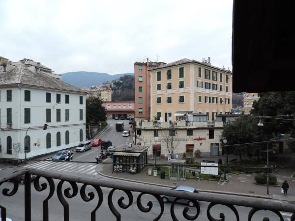 Appartamento in Vendita a Genova Semicentro Nord: 4 locali, 135 mq