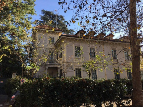 Villa in Vendita a Milano 17 Marghera / Wagner / Fiera: 5 locali, 410 mq
