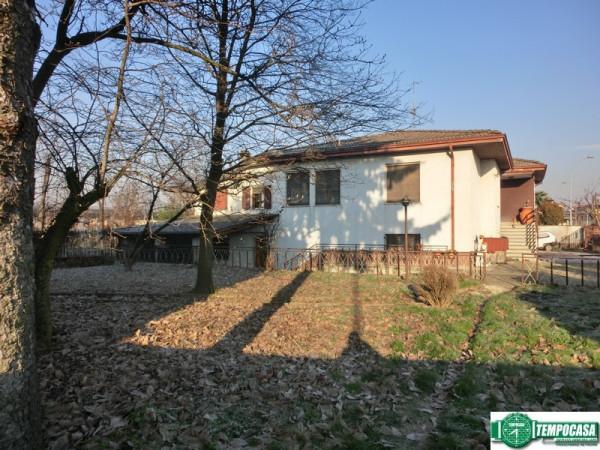 Villa in vendita a Cervignano d'Adda, 5 locali, prezzo € 299.000 | Cambio Casa.it