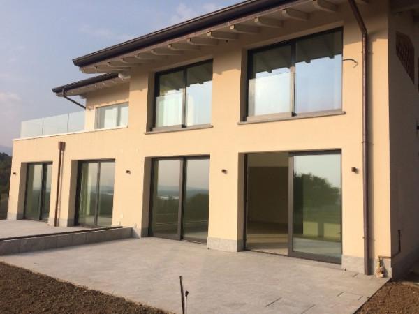 Appartamento in affitto a Varese, 2 locali, prezzo € 1.000 | Cambio Casa.it