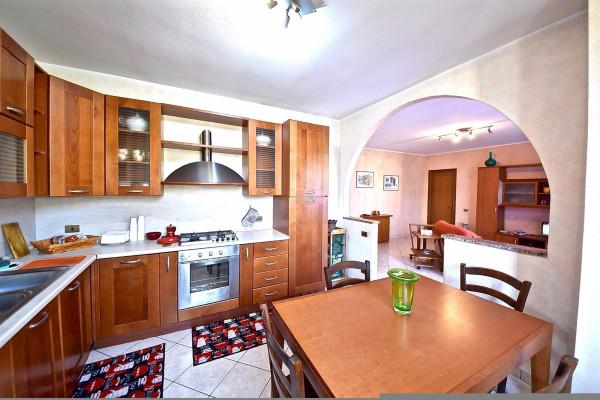 Appartamento in vendita a Olgiate Comasco, 3 locali, prezzo € 150.000 | Cambio Casa.it