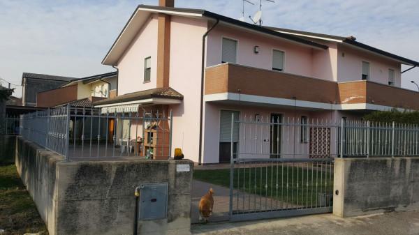 Villa in vendita a Costa di Rovigo, 5 locali, prezzo € 170.000 | Cambio Casa.it