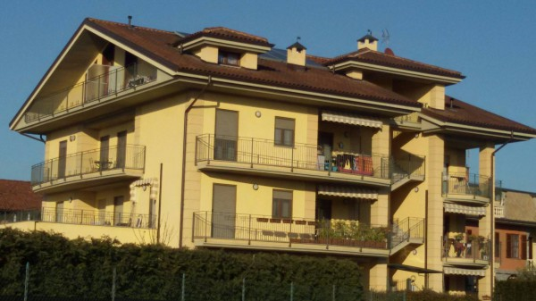 Appartamento in vendita a Riva Presso Chieri, 4 locali, prezzo € 200.000 | Cambio Casa.it