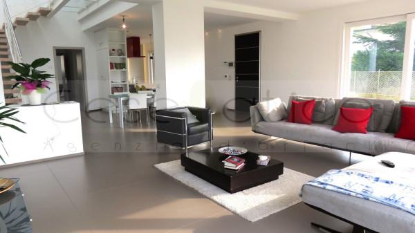 Villa in Vendita a Bellaria-Igea Marina Centro: 5 locali, 302 mq