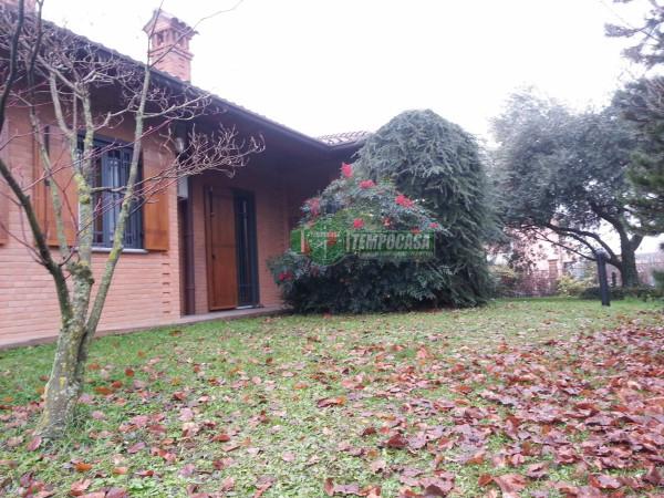 Villa in vendita a Verderio, 3 locali, prezzo € 650.000 | Cambio Casa.it