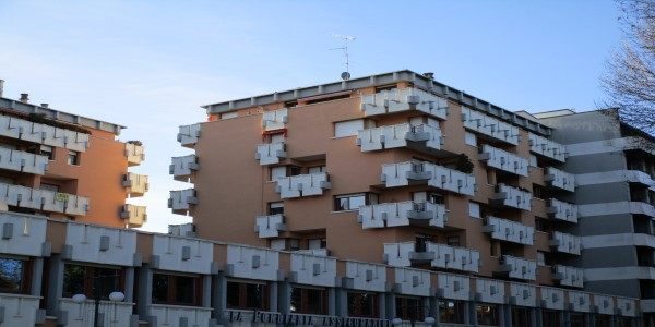 Appartamento in vendita a Borgomanero, 5 locali, prezzo € 270.000 | Cambio Casa.it