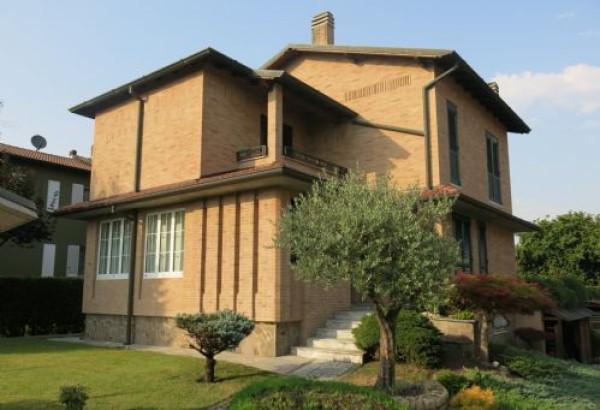 Villa in vendita a Settala, 5 locali, prezzo € 650.000 | CambioCasa.it